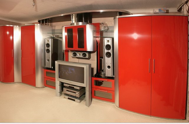 ТМ Изготовление корпусной  мебели под заказ любых размеров и модификаций.