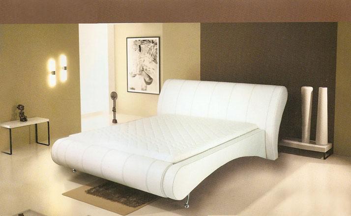 Продам новую кровать.Германия