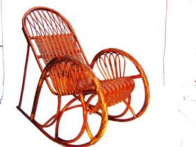 Мебель плетеная из лозы кресло-качалка.