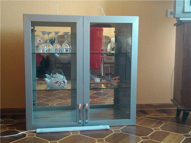 Продам шкаф кухонный навесной