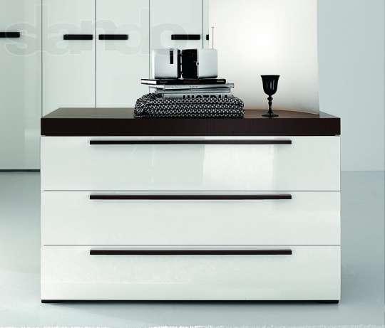 Профессиональная  сборка мебели, торгового оборудования.Перевозка мебели