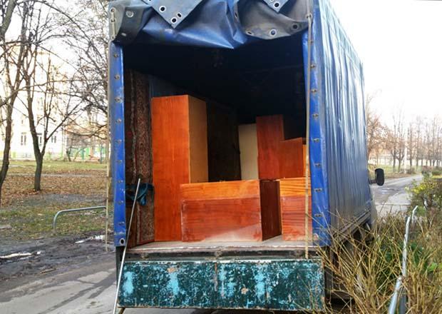 Харьков. Вывоз старой мебели. Утилизация мебельного хлама из квартиры, дома